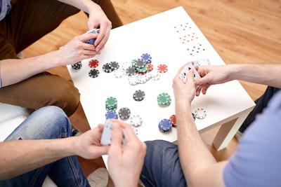 card game between friends